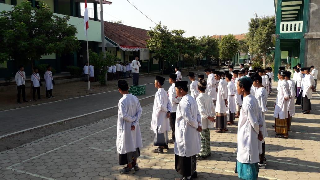 apel upacara hari santri nasional